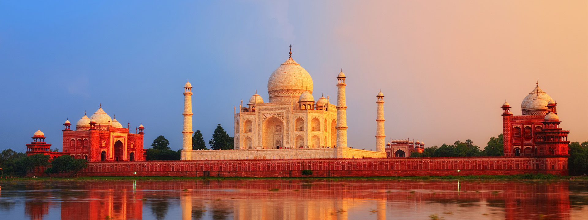 intenseindiatours-slider-Taj-Mahal-2
